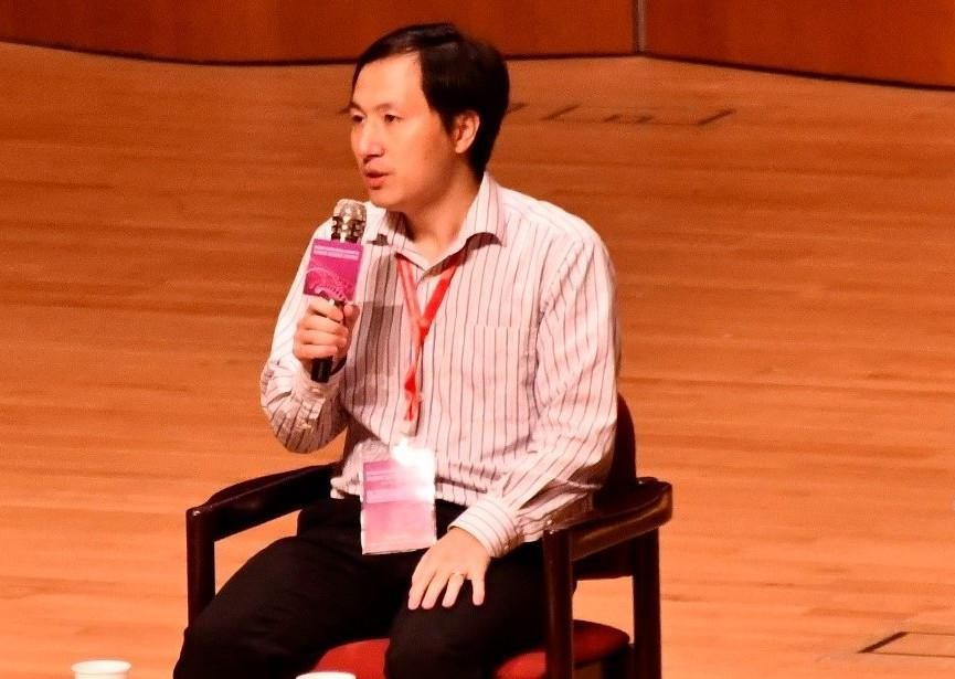 He Jiankui speaking at the Second International Summit on Human Genome Editing in Hong Kong